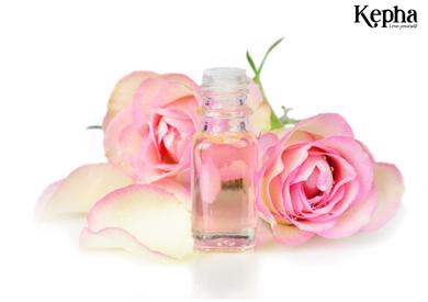 Tinh dầu hoa hồng và những điều bạn không nên bỏ qua?