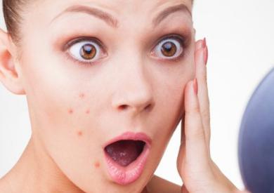 Các loại tinh dầu thiên nhiên dùng cho da mụn rất tốt