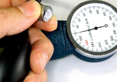 Cao huyết áp và những vấn đề liên quan đến tinh dầu?