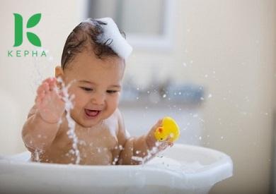 Chia sẻ kinh nghiệm dùng dầu tràm cho trẻ sơ sinh