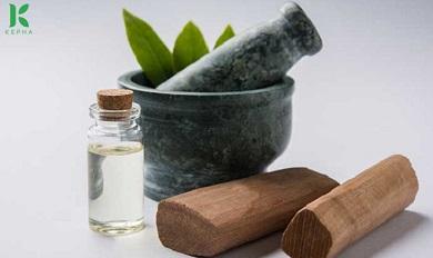 Tinh dầu đàn hương chống lão hóa, làm đẹp hiệu quả