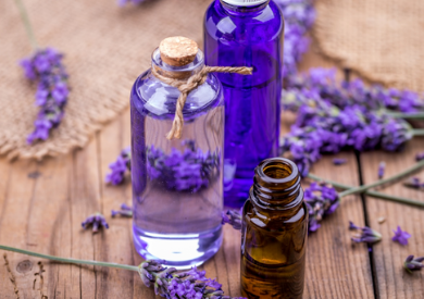 8 lợi ích của tinh dầu oải hương cho da