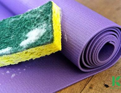 Mẹo nhỏ xử lý mùi hôi phòng tập yoga