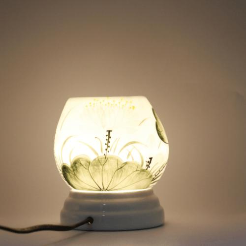 Đèn xông tinh dầu MD026 Kepha
