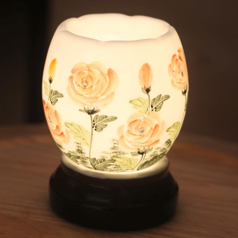 Đèn xông tinh dầu họa tiết hoa hồng