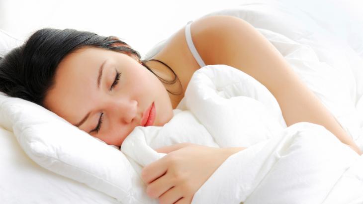 tinh dầu oải hương trị mất ngủ