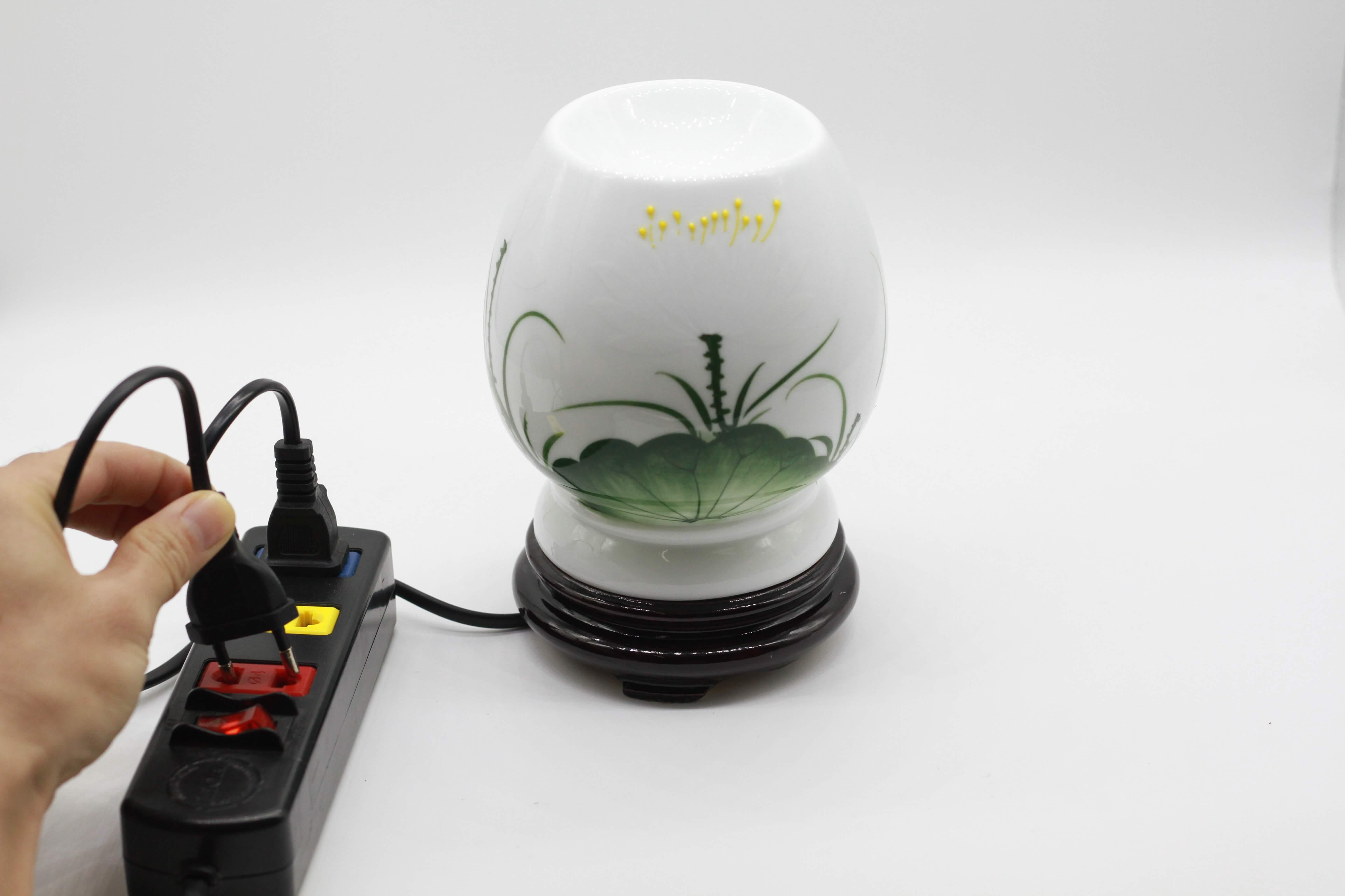 hướng dẫn sử dụng đèn xông tinh dầu