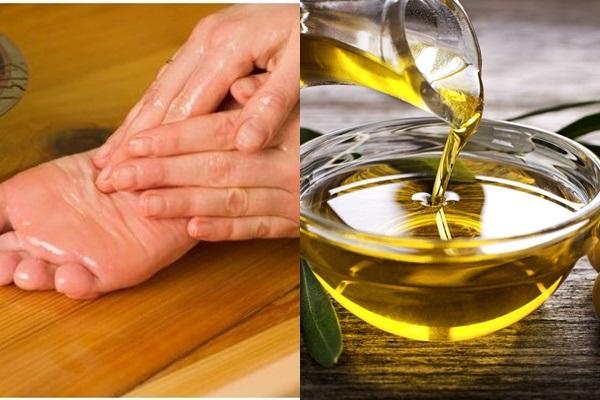 trị nứt gót chân bằng dầu oliu